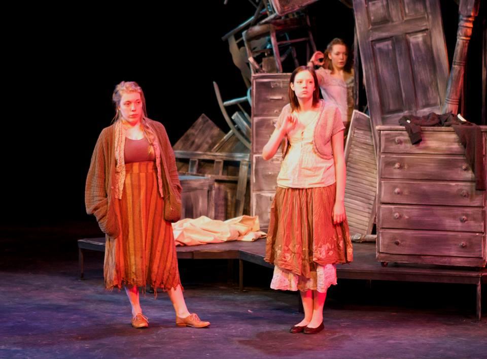 'Las Hermanas' brings home awards