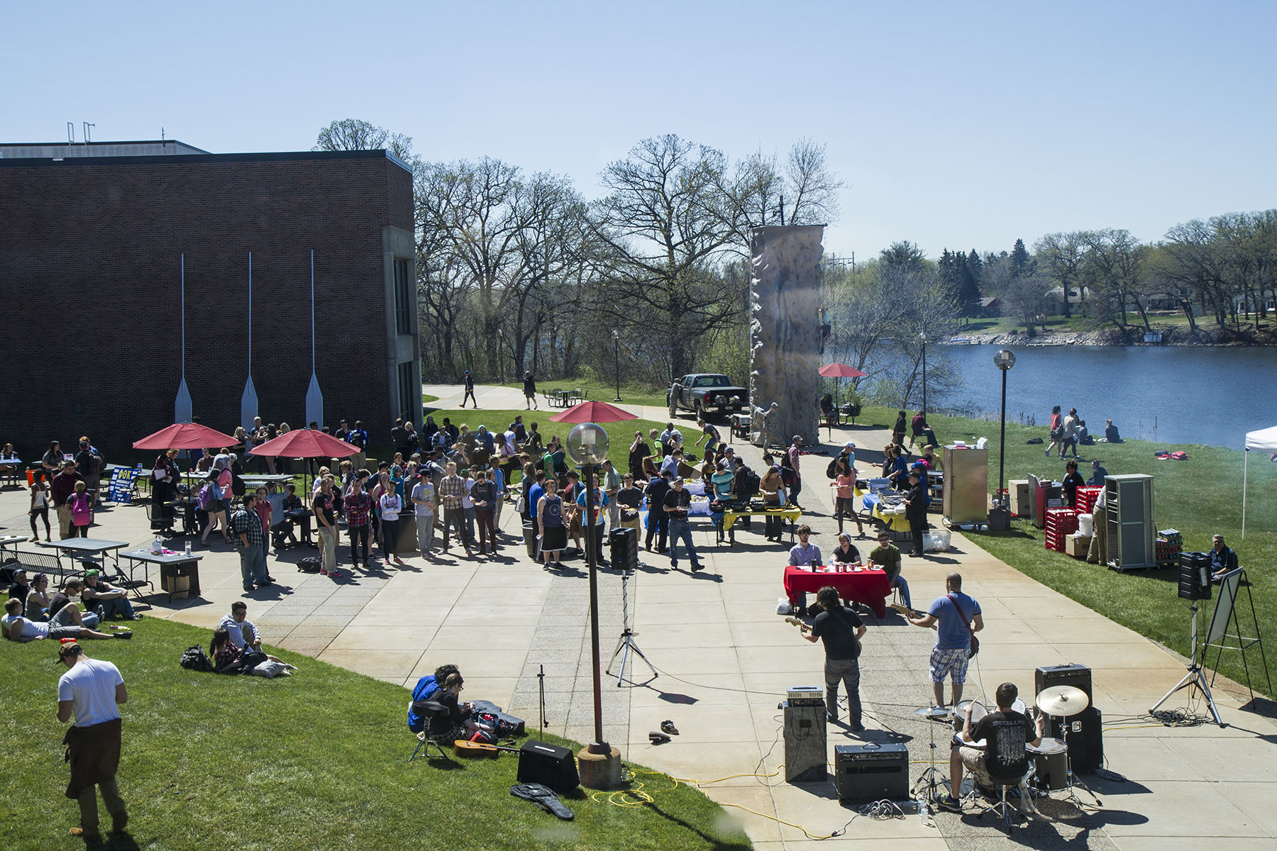 Spring Picnic at Coon Rapids Campus