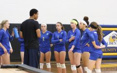 Volleyball Team Wins First Game in Two Years